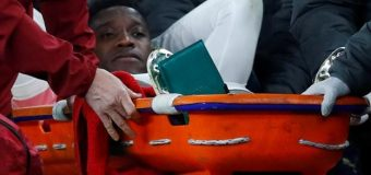 Welbeck suffers 'significant' ankle injury
